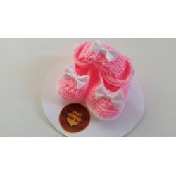 Conjunto zapatitos - diadema de Bebé en croché